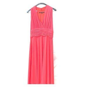 Beautiful Jones wear dress